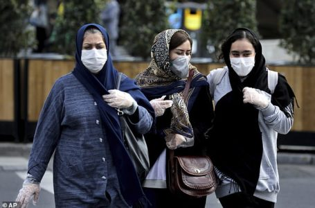 Pakistan Kuwait & Turkey Closed Its Borders With Iran After Coronavirus Hits