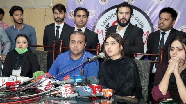 Usman Malik Proposed me but I Refused to Marry: Uzma Khan Press Conference